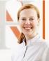 Portrait Dr. Natalie Haarmann, Zahnarztpraxis Dr. Natalie Haarmann, Dortmund, Oralchirurgin, Zahnärztin