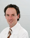 Portrait Dr. med. Lucas Kneisel, ESC Excellent Skin Center, Frankfurt am Main, Hautarzt