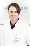 Portrait Dr. med. Lars Schumacher, Medical One Schönheitsklinik Stuttgart, Stuttgart, Plastischer Chirurg