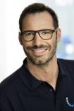 Portrait Dr. Christian Kroß, Zahnarztpraxis Dr. Kroß & Kollegen, Ingolstadt, Zahnarzt, Parodontologie, Implantologie, Ästhetische Zahnmedizin