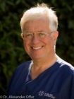 Portrait Dr. Alexander Offer, Privatpraxis für Zahnheilkunde Dr. Offer, Praxis für Zahnheilkunde, CMD und Implantate, Bremen, Zahnarzt
