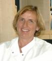 Portrait Dr. med. Irmgard Gürtler, Praxis für Rheumatologie Dr. med. (I.) Gürtler, Neuss, Rheumatologin, Facharzt für Rheumatologie