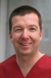 Portrait Dr. Torsten Bettin, Praxisklinik für dentale Implantologie, Hildesheim, Oralchirurg, MKG-Chirurg