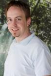 Portrait Dominik Pütz, Praxis für Familienmedizin, Niederkassel, Allgemeinarzt, Hausarzt