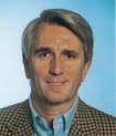 Portrait Dr. Jürgen Dapprich, CMD-Centrum Düsseldorf, Interdisziplinäre Behandlung von Kopf-, Nacken- und Rückenschmerzen, Düsseldorf, Zahnarzt