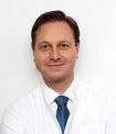 Portrait Dr. med. Franz Decker, Privatpraxis im KÖ-Center, Privatpraxis für Plastische und Ästhetische Chirurgie, Düsseldorf, Plastischer Chirurg