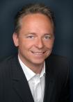 Portrait Dr. med. dent. Frank Meckbach, Praxisgemeinschaft im Max-Beckmann-Haus, Dr. Hegerl, Dr. Meckbach & Dr. Ringleb, Frankfurt am Main, Zahnarzt, Oralchirurg
