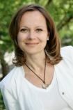 Portrait Dr. Alexandra Katinka Mayer, Schmerzpraxis Mayer, München, Ärztin für Physikalische und Rehabilitative Medizin