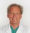 Portrait Dr.med Patrick Bauer, Arabellaklinik München, Praxis für ästhetische Brustchirurgie, München, Plastischer Chirurg