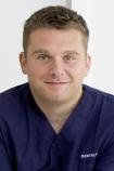 Portrait Dr. Daniel Homann, DENTALYS FAchzahnarzt für Oralchirurgie Dr. Daniel Homann, Murnau, Zahnarzt, Oralchirurg