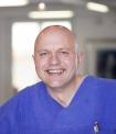 Portrait Dr. Lorenz Holtwick, Gemeinschaftspraxis für Mund-, Kiefer-, Gesichtschirurgie im Charlottenstift-Krankenhaus, Dr. Lorenz Holtwick, Norbert Drews & Partner, Stadtoldendorf, Zahnarzt, Oralchirurg, MKG-Chirurg