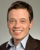 Portrait Prof. Dr. med. Dennis von Heimburg, Praxisklinik Kaiserplatz, Frankfurt am Main, Plastischer Chirurg, Europäischer Facharzt für Plastische, Rekonstruktive und Ästhetische Chirurgie (EBOPRAS)
