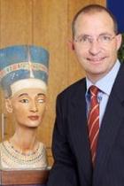 Portrait Dr. med. Stefan Schill, Praxis Herr Dr. med. Stefan Schill, Gießen, Plastischer Chirurg