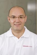 Portrait Dr. med. René Bayerl, Privat-Praxis Dr. Bayerl und Kollegen, Dermatologie- Plastische Chirurgie-Laser-Venen-Ästhetik, Augsburg, Hautarzt