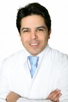 Portrait Massud Hosseini, KÖ-AESTHETICS DÜSSELDORF, Praxis-Klinik für Plastische & Aesthetische Chirurgie, Düsseldorf, Plastischer Chirurg