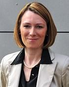 Portrait Dr. med. Michaela Montanari, Privatpraxis für Plastische und Ästhetische Chirurgie, Bochum, Chirurgin, Plastische Chirurgin