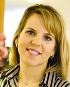 Portrait Dr. med. dent. Nicole Leick, Leick & Leick Zahnheilkunde Frankfurt Höchst, Implantologie Oralchirurgie Parodontologie, Frankfurt, Zahnärztin