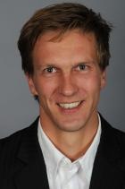 Portrait Dr. Sebastian von Mohrenschildt, Zahnärztliche Praxis, Zahnärztliche Praxis am Rosenkavalierplatz, München, Zahnarzt