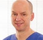 Portrait Dr. med. dent. Dezsö Sztankay, Berlin, Zahnarzt, Oralchirurg