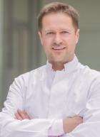 Portrait Dr. med. Daniel Talanow, e-sthetic, Privatklinik für Plastische und Ästhetische Chirurgie, Essen, Plastischer Chirurg