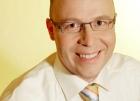 Portrait Dr. med. Dr. med. dent. Günter Nahles, Aesthetische Gesichtschirurgie Berlin, Praxis für Implantologie, Oralchirurgie, aesthetische Gesichtschirurgie, Berlin, Zahnarzt, MKG-Chirurg, Oralchirurg