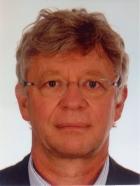 "Portrait Dr. Ekkehard Welker, Hautarztpraxis im Ärztehaus ""Ärzte Schönhauser"", Berlin-Prenzlauer Berg, Hautarzt"