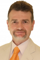 Portrait Tıp Dr. Ägäis Univ. Hüseyin Aral, LIDMED, Ästhetische und medizinische Lidchirurgie, Köln, Augenarzt
