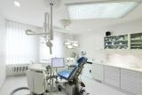 , Dr. Rüdiger Schrott, Zahnarztpraxis Dr. Schrott & Partner, Kompetenz durch Spezialisierung, Nürnberg, Zahnarzt