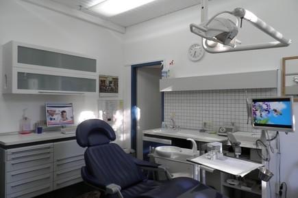 , Dr. Alexander Schnotz, Erlangen, Zahnarzt