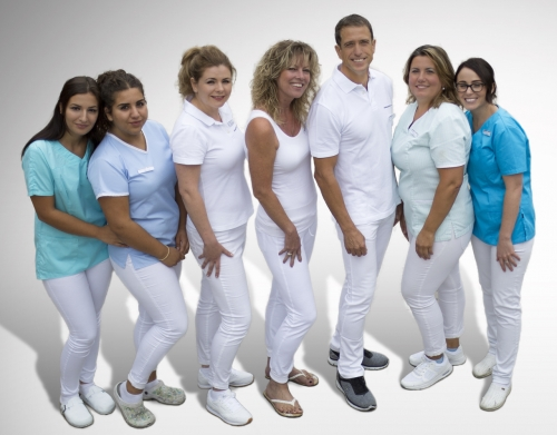 , Vassilios Kaburis, Zahnimplantate-in-Leverkusen, TSP Implantologie ( DGI Zertifiziert), Leverkusen, Zahnarzt